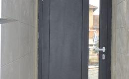 bejárati ajtó belső nézet